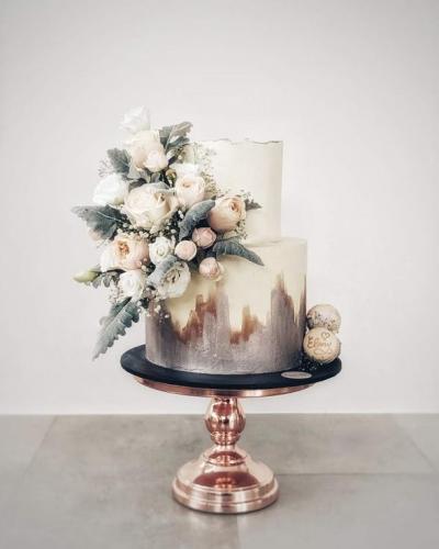 Elegant Rose Gold Cake